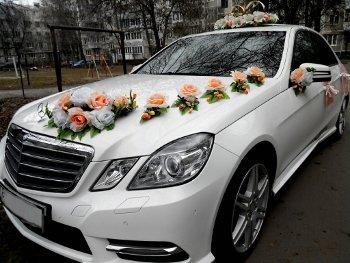 Свадебный кортеж в Калининграде